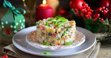 Салаты на Новый год 2021 – 8 простых и вкусных рецептов на праздничный стол